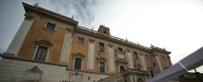 """Roma, nuovo codice etico per dipendenti del Campidoglio: """"Obbligatorio dichiarare indagini e stop a dichiarazioni stampa"""""""