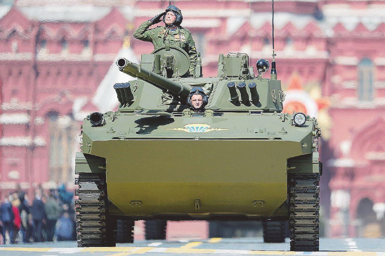 Putin contro la Nato e i 140 militari italiani in Lettonia