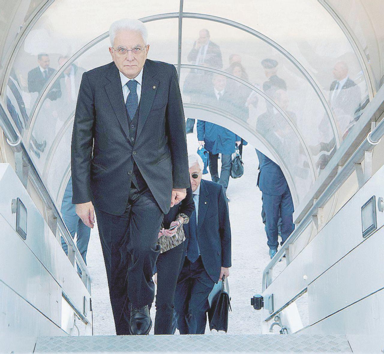 Mattarella, missione Israele: imbarazzi e l'ombra di Renzi