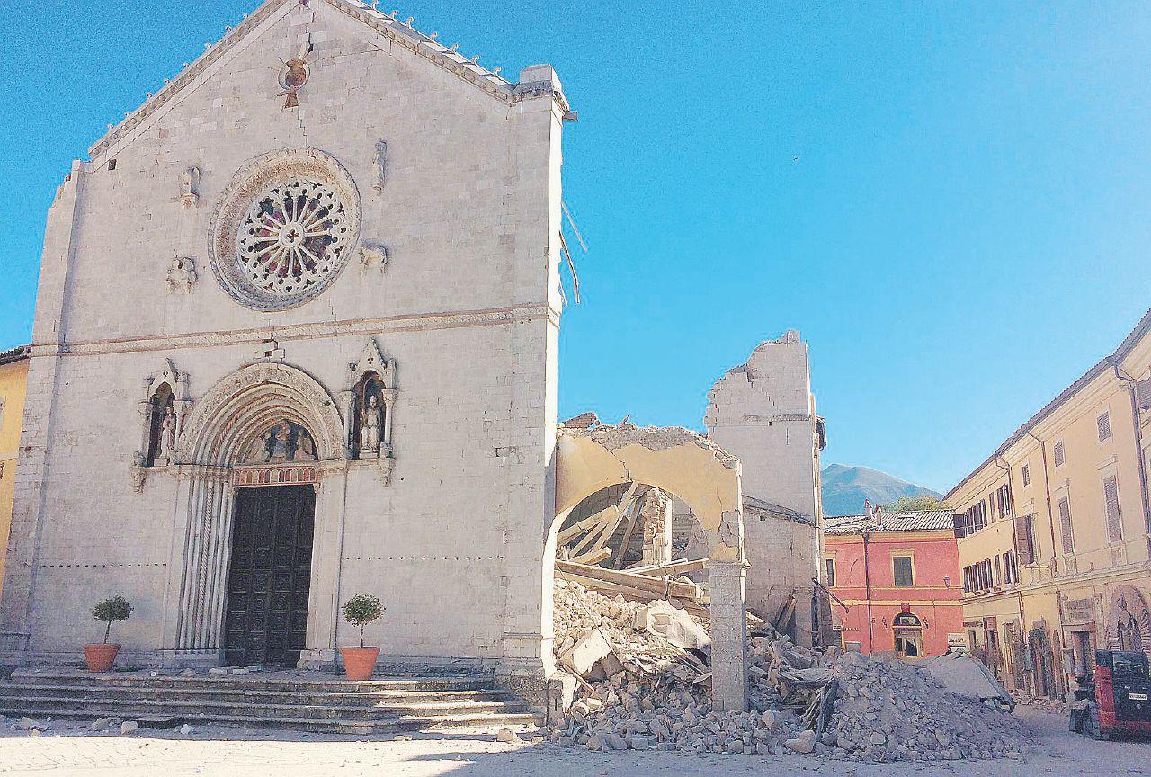 Sul Fatto del 31 ottobre: il terremoto più potente dopo quello dell'Irpinia nel 1980