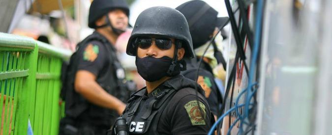 """Filippine, così Duterte ordina alla polizia di uccidere criminali e tossici. """"Siamo angeli della morte"""""""