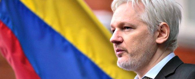 """Wikileaks, Ecuador ammette: """"Abbiamo tagliato internet a Julian Assange, interferisce sulle presidenziali negli Usa"""""""