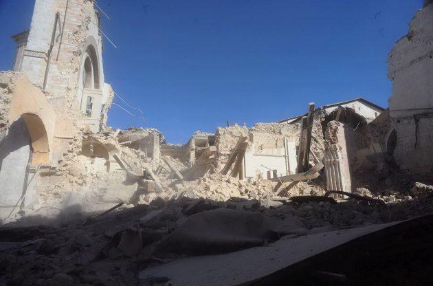 La basilica di San Benedetto, a Norcia, andata distrutta