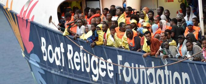 Migranti, in due giorni nel Canale di Sicilia 10mila persone salvate e 28 morti. Da inizio anno le vittime sono oltre 3mila