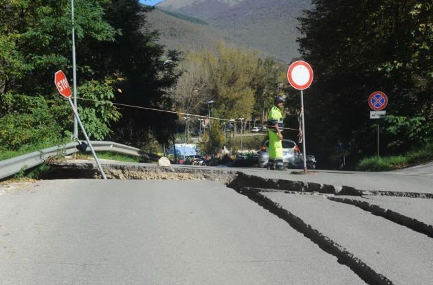Norcia è il paese più colpito dell'ennesimo terremoto che ha colpito il Centro Italia