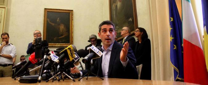 Federico Pizzarotti, consiglieri M5s a Parma (tranne uno) lo seguono e lasciano il Movimento