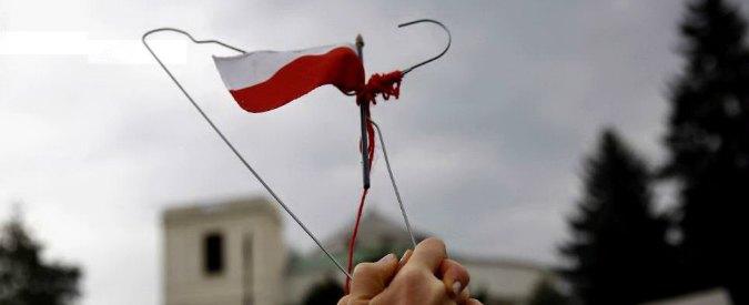 """Legge anti-aborto in Polonia, primo passo indietro del Parlamento. """"La battaglia non è finita"""""""