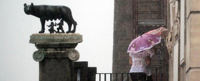 """Roma, Ragioneria dello Stato dà parere negativo al fondo per salario accessorio. Sindacati: """"Rischio di doverlo restituire"""""""