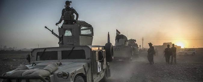 """Isis, fonti di sicurezza: """"Lo Stato islamico lascia per le strade di Mosul giocattoli e pupazzi imbottiti di esplosivo"""""""