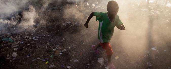 """Inquinamento atmosferico, rapporto Unicef: """"Aria tossica contribuisce alla morte di 600mila bambini all'anno"""""""