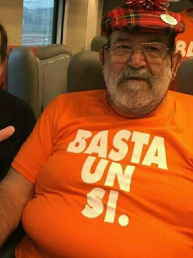 """La bufala del finto Umberto Eco: """"Chi vota no è un imbecille"""". E i commentatori: """"Non comprerò mai più un tuo libro"""""""