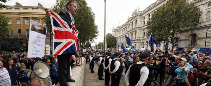 Brexit in tribunale, può il Parlamento inglese fermare il governo?