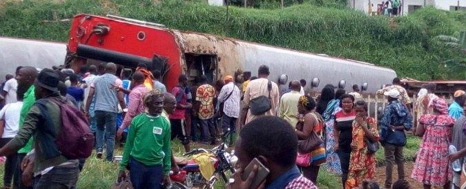 Camerun, treno deraglia: 53 morti e almeno 300 feriti
