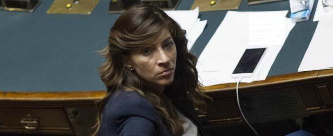 """Mafia Capitale, M5s contro Campana: """"Smemorata di Collegno, si dimetta"""". Gasparri: """"Perché stupirsi di sua omertà?"""""""