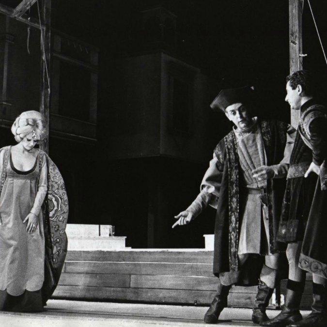 Dario Fo morto, addio al meraviglioso giullare che reinventò la parola teatrale per sbeffeggiare i potenti