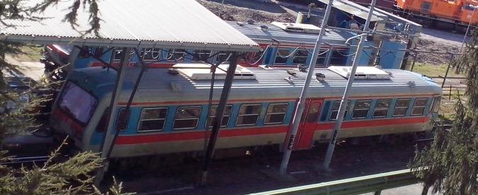 """Reggio Emilia, il deposito dei treni è diventato stazione. Cittadini: """"Non si respira più"""". Assessore comunale: """"Disagi innegabili, stiamo provando a contenerli"""""""