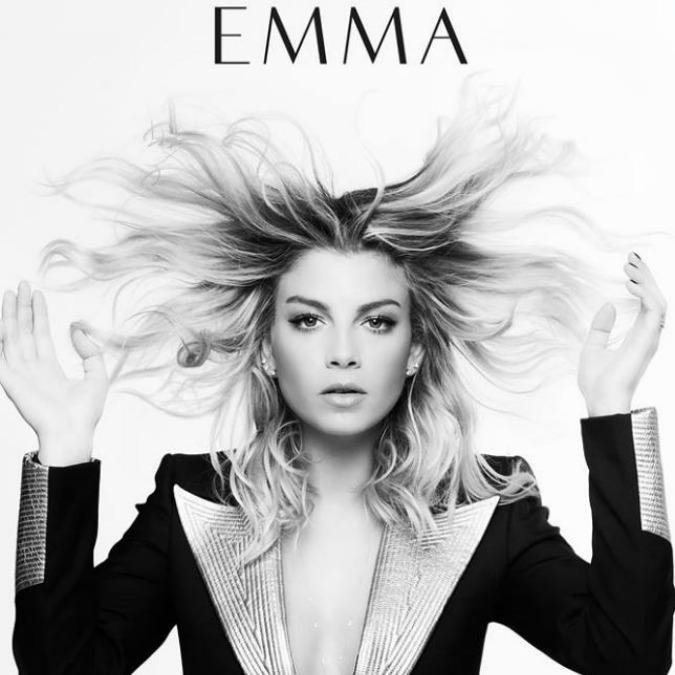 """Emma Marrone sexy nel video """"21 sfumature di Brown"""": piĂš che BeyoncĂŠ l'effetto è Jersey Shore"""
