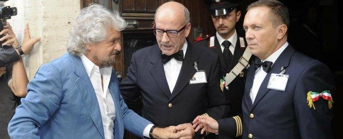"""Taglio stipendi parlamentari, la Camera rinvia testo M5s in commissione. Grillo: """"Vacche autonominatesi sacre"""""""