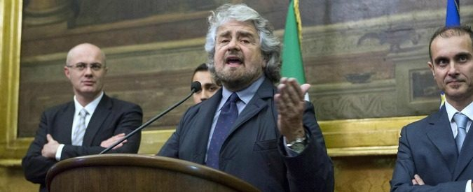 Taglio stipendio parlamentari: Grillo e Renzi, due demagoghi e una capanna