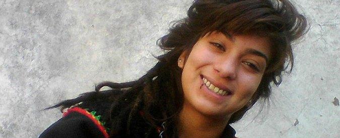 """Argentina, 16enne torturata e impalata: donne in sciopero dal Messico al Cile. Il fratello: """"Dobbiamo gridare"""""""
