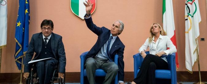 Olimpiadi 2024, il Coni ha 'interrotto' la candidatura di Roma. Ultima speranza di Malagò: caduta della Raggi entro febbraio