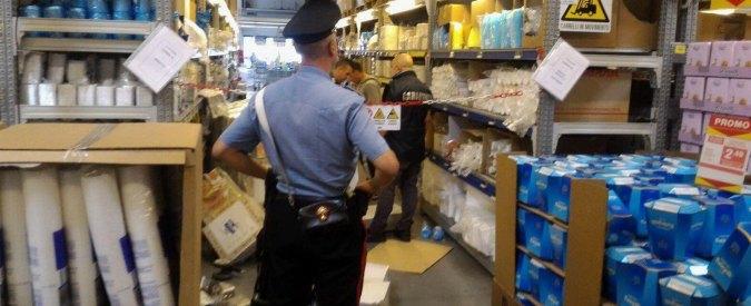 Cagliari, bimba di 19 mesi muore travolta da uno scaffale in un supermercato