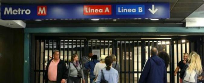 Metro B Roma, porta si stacca da convoglio in corsa: 2 feriti. Atac apre indagine