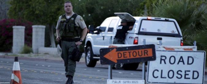 California, uomo spara contro polizia, due agenti morti. Poi si barrica in casa: arrestato