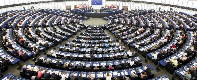 """Terremoto, risoluzione del Parlamento Ue: """"Investimenti per ricostruzione non siano conteggiati nel deficit italiano"""""""