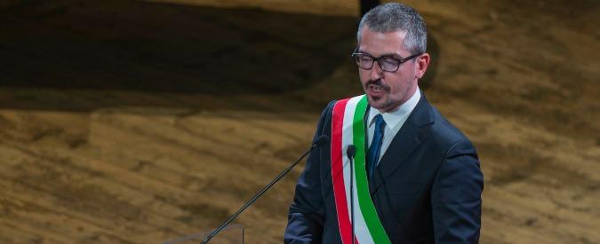 Mantova, l'assessore vota l'affidamento diretto dei lavori alla ditta del fratello