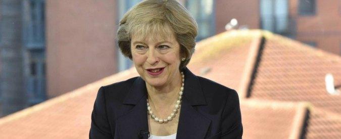 """Regno Unito, la May blinda Brexit: """"Usciamo dalla Ue entro marzo 2019″. Restano incognite su diritti, eccole"""