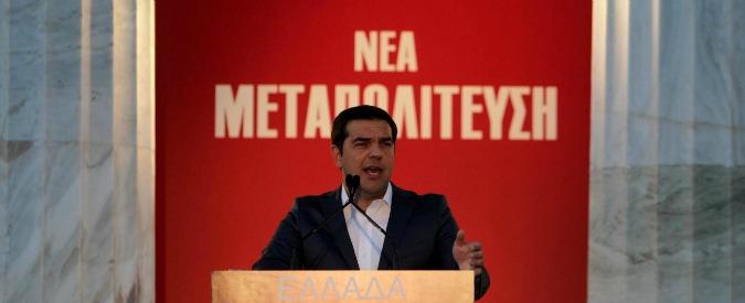 Grecia, accordo all'Eurogruppo: uscita da piano di aiuti e alleggerimento del debito. Ma continua monitoraggio
