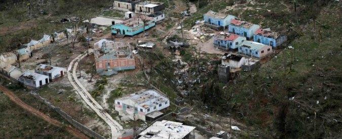 Uragano Matthew, 900 morti ad Haiti. Cala intensità ma resta alta l'allerta negli Stati Uniti. Prime 4 vittime in Florida