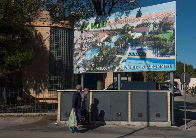 Terremoto Centro Italia, a Porto Sant'Elpidio arrivano centinaia di sfollati al Camping Hotel Holiday