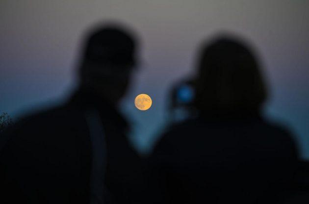 Arriva la Super Luna: la piu' grande degli ultimi 68 anni