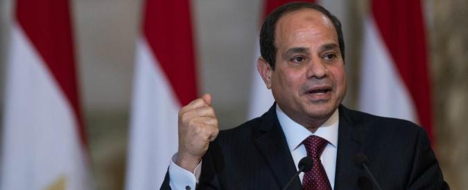 Egitto, al Sisi firma legge su stretta libertà media: 'Permetterà al potere esecutivo di controllare giornalismo'