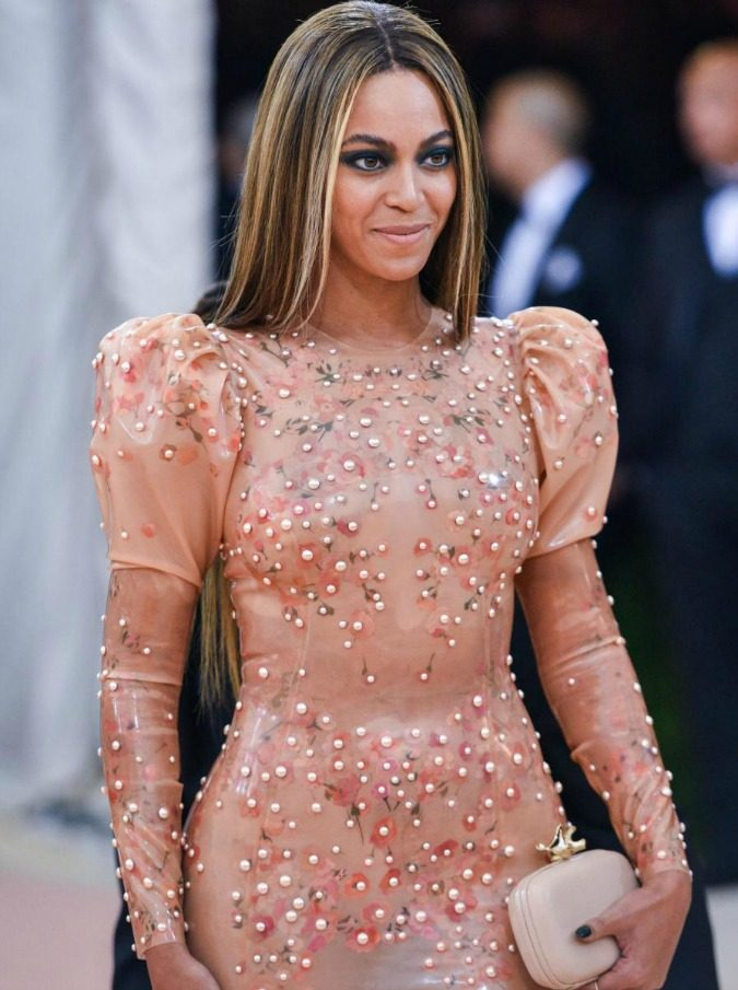 "Beyonce arriving at the 2016 Costume Institute Gala Benefit celebrating "" Manus x Machina: Fashion in an Age of Technology "" held at the Metropolitan Museum of Art in New York, NY on May 2nd, 2016. (Photo By Anthony Behar) *** Please Use Credit from Credit Field *** *** Please Use Credit from Credit Field ***17485124Sipa Usa/LaPresseOnly Italy"