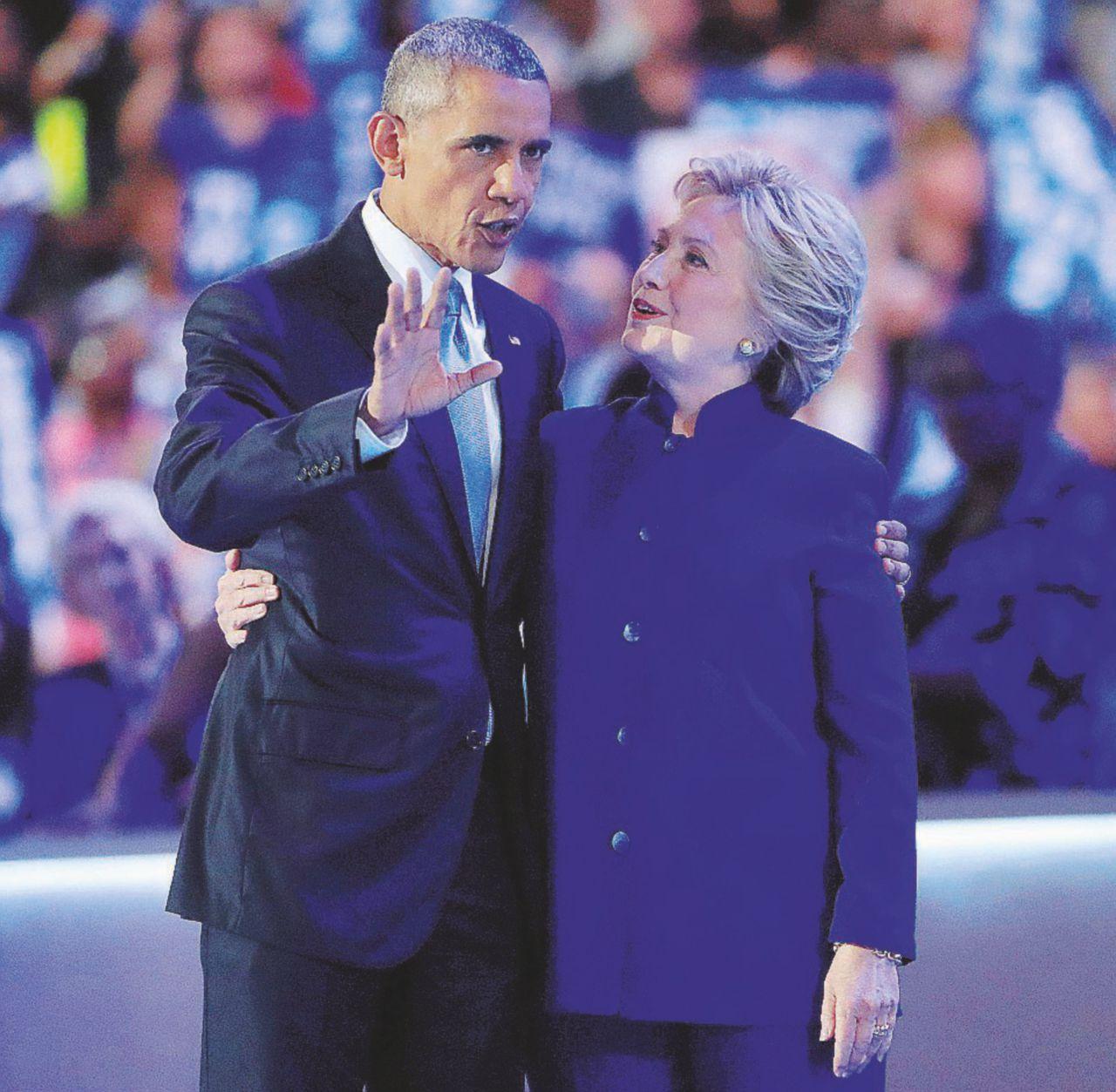 """Obama: """"L'Fbi non esageri Hillary è la speranza"""""""