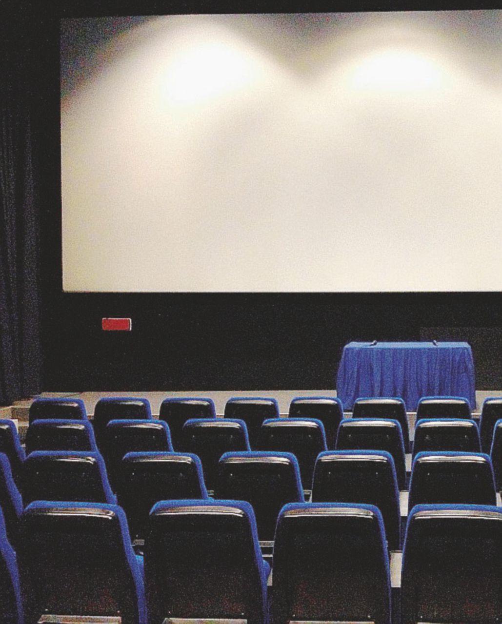 Il cinema ha la sua legge: più soldi per tutti (si spera non solo per i soliti)
