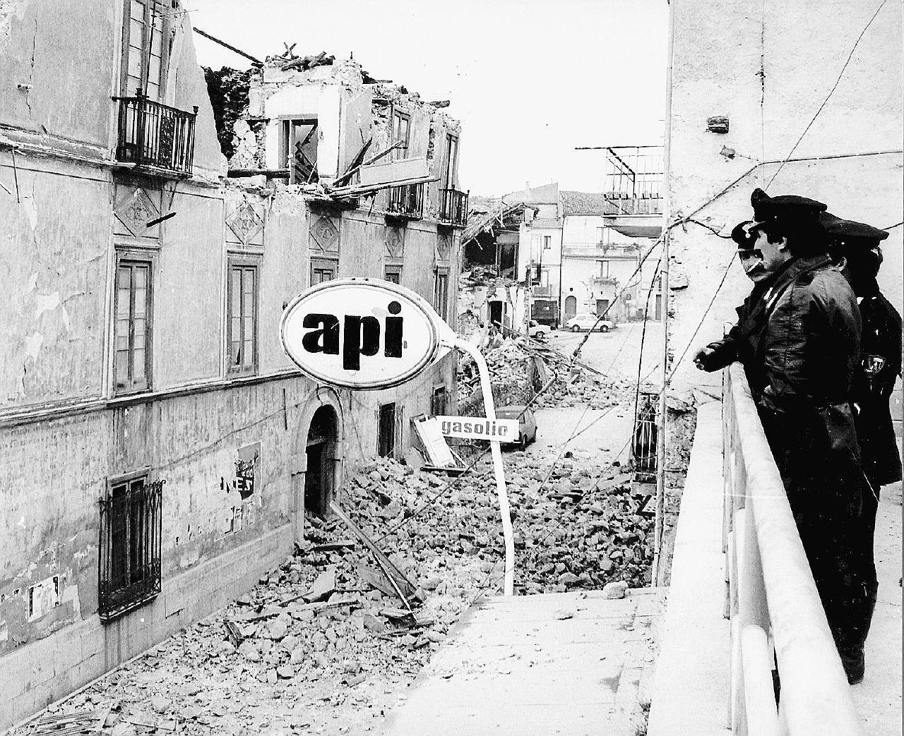 Terremoto, altri 17 milioni per l'Irpinia: si paga il sisma di 36 anni fa