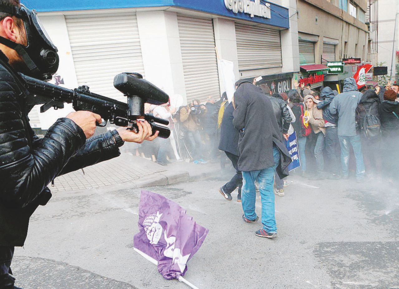 Erdogan e la Costituzione riformata con le manette