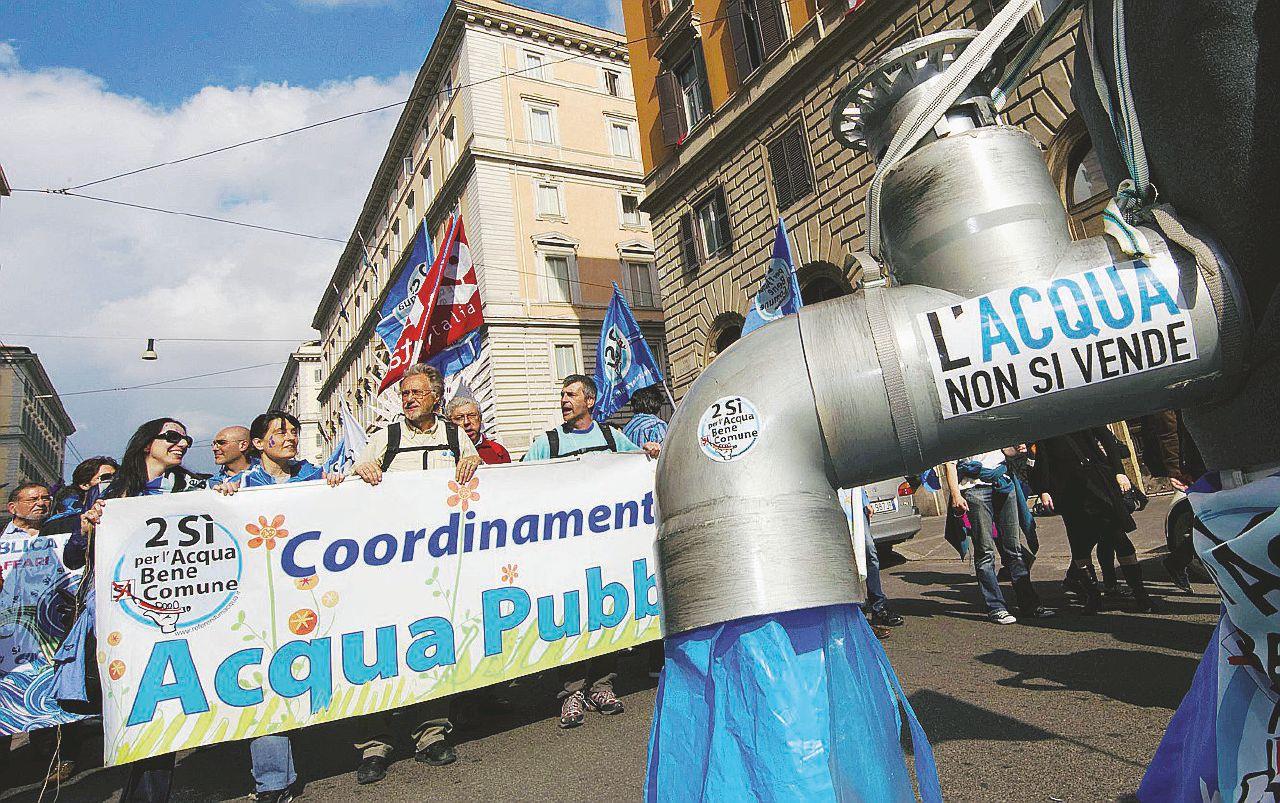 L'acqua pubblica è impossibile: l'avanzata di Acea su Latina