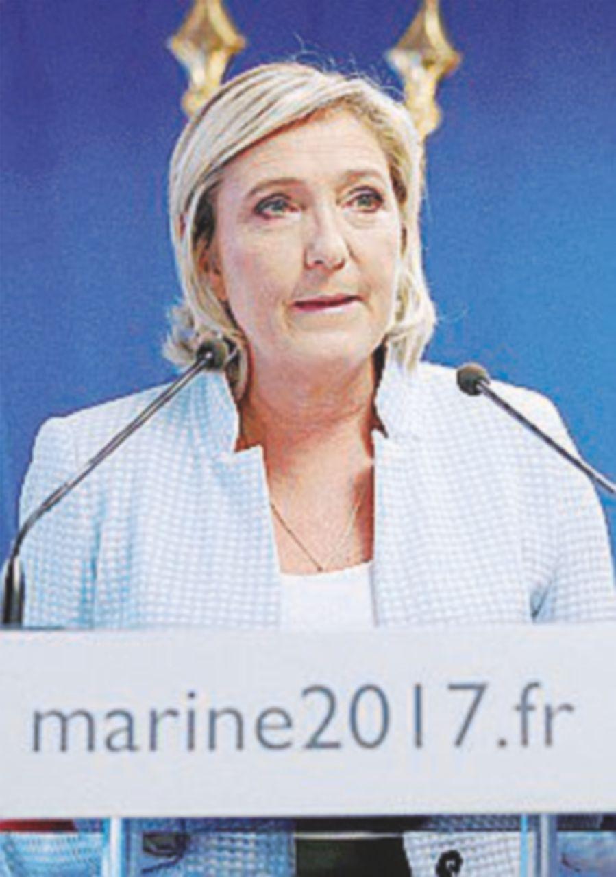 Il premier stretto tra Marine Le Pen e Carlo Calenda