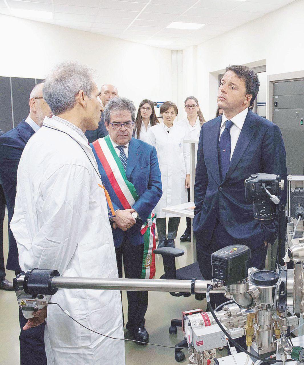 Medici, contadini e vecchi arnesi: Renzi alla siciliana