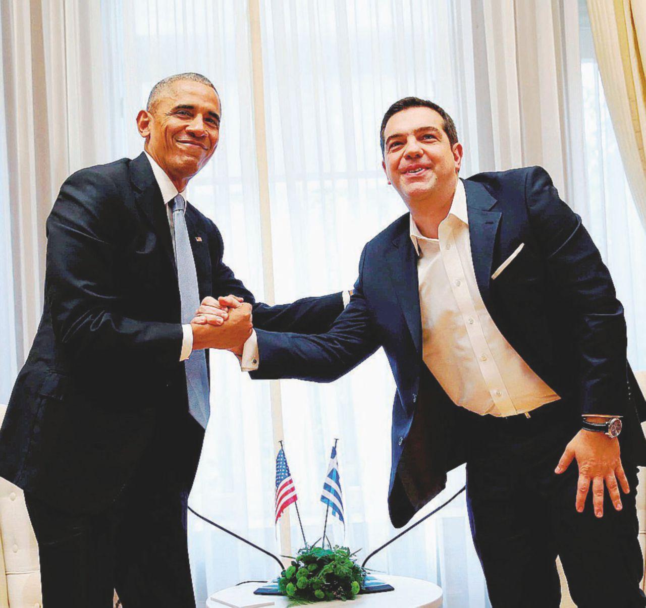 Obama saluta da statista illuminato con i guai altrui