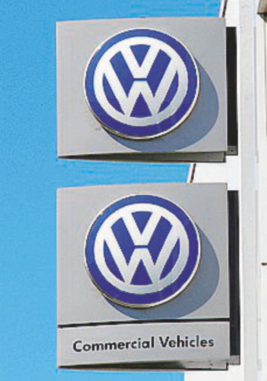 Volkswagen, maxi taglio di personale: 30 mila nel mondo