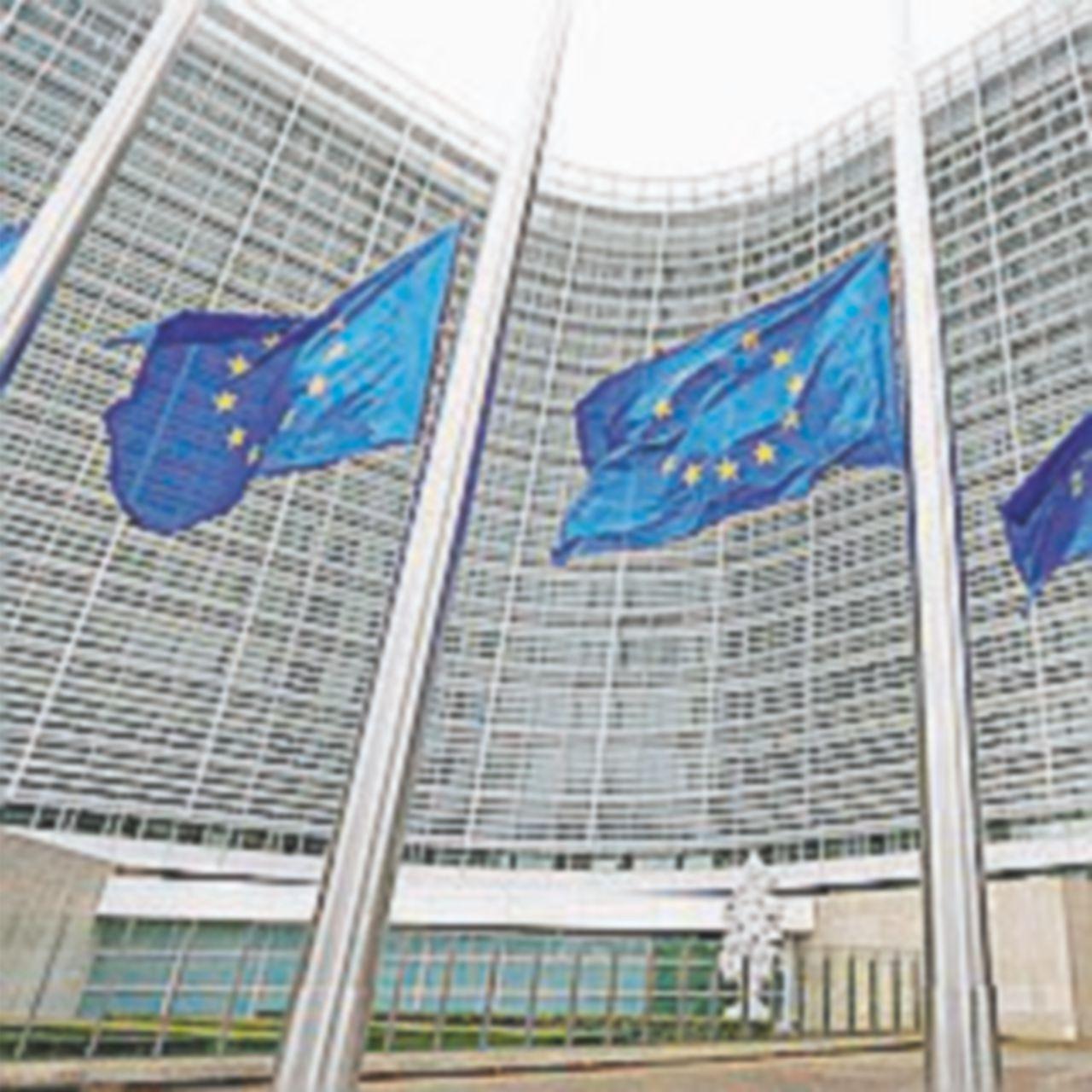 Crisi del credito, in arrivo le nuove norme della Commissione Ue