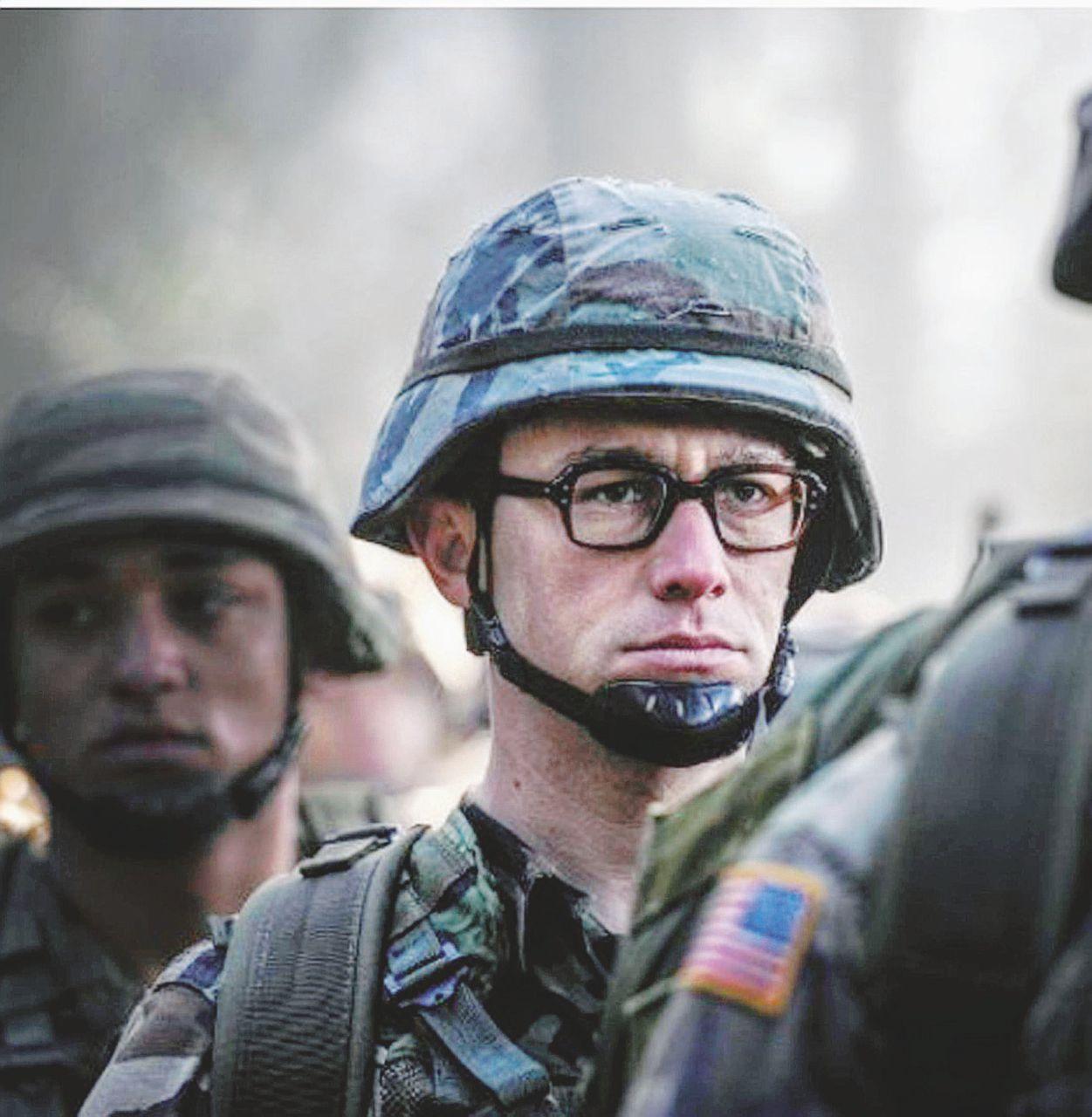 L'odissea di Snowden, un nerd nel vortice più grande del mondo
