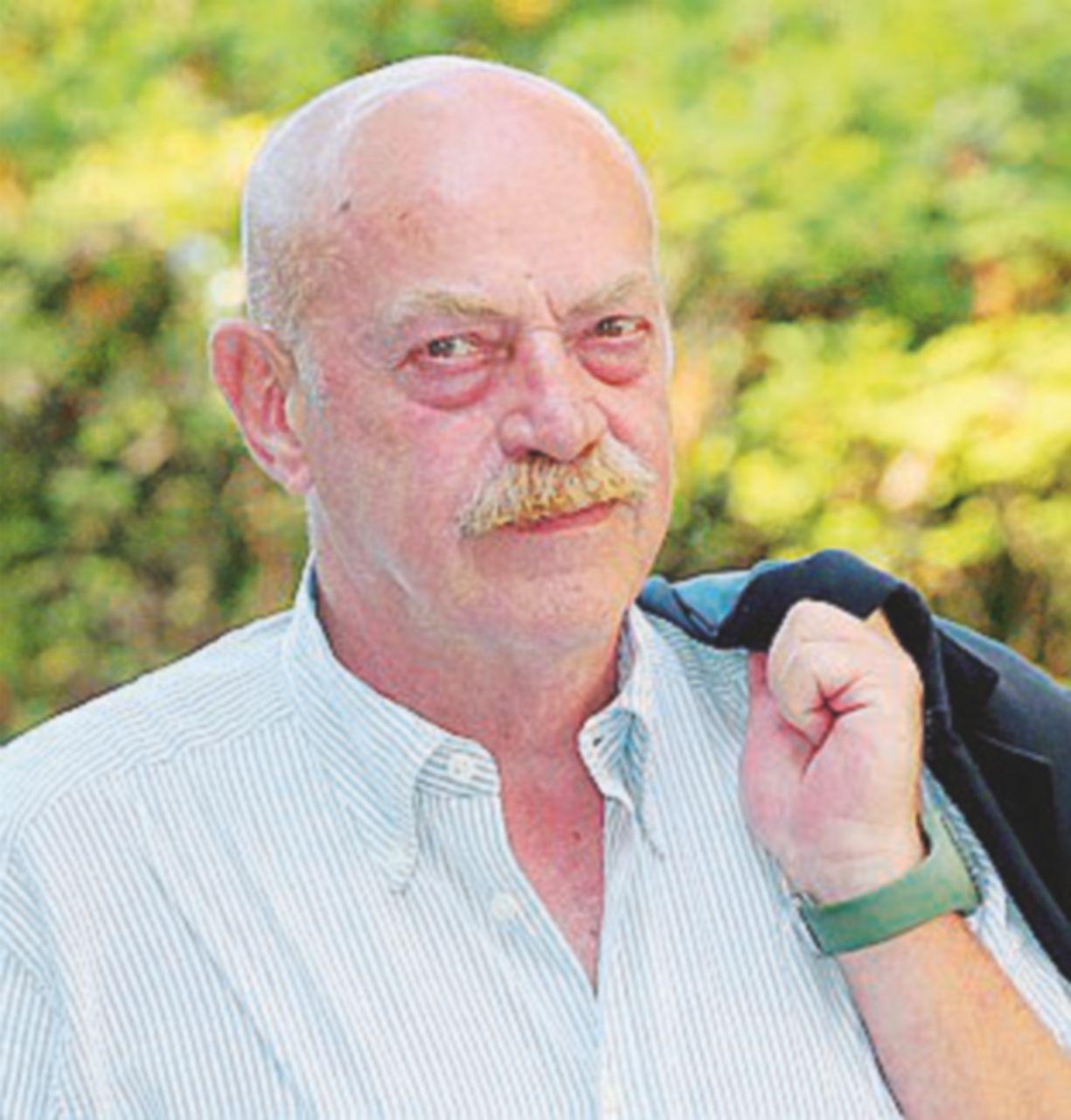 """Lombezzi messo a """"Terra"""": cacciato per un servizio sul caso Sgrena"""