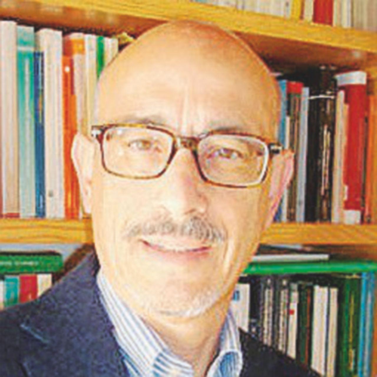 """Il prof. Fusaro e i vitalizi: """"Io li terrei comunque"""""""